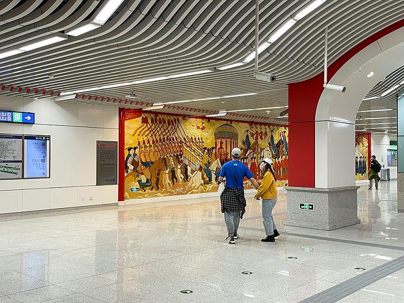 北京地铁8号线,天桥站